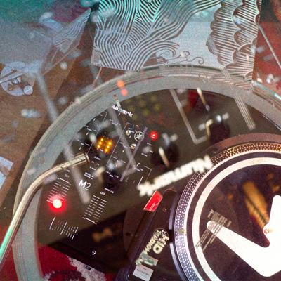 cdjs | vinyl | dj | djing lessons dj school